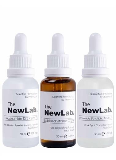 The NewLab Leke Önleyici, Aydınlatıcı ve Sivilce Giderici Bakım Seti Renksiz
